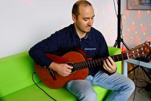 gitarzysta kolędy